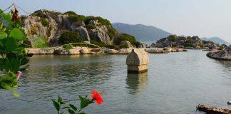 Sular Altında Saklı Bir Kent Simena Antik Kenti - Kapak