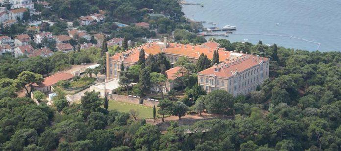 Adalar Gezi Rehberi - Rum Ortodoks Ruhban Okulu