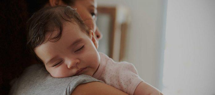 Bebeğinizle Tatile Çıkarken Dikkat Edilmesi Gerekenler - Tutuş Şekli