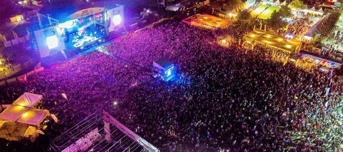 Zeytinli Rock Festivali - Konser Sahnesi